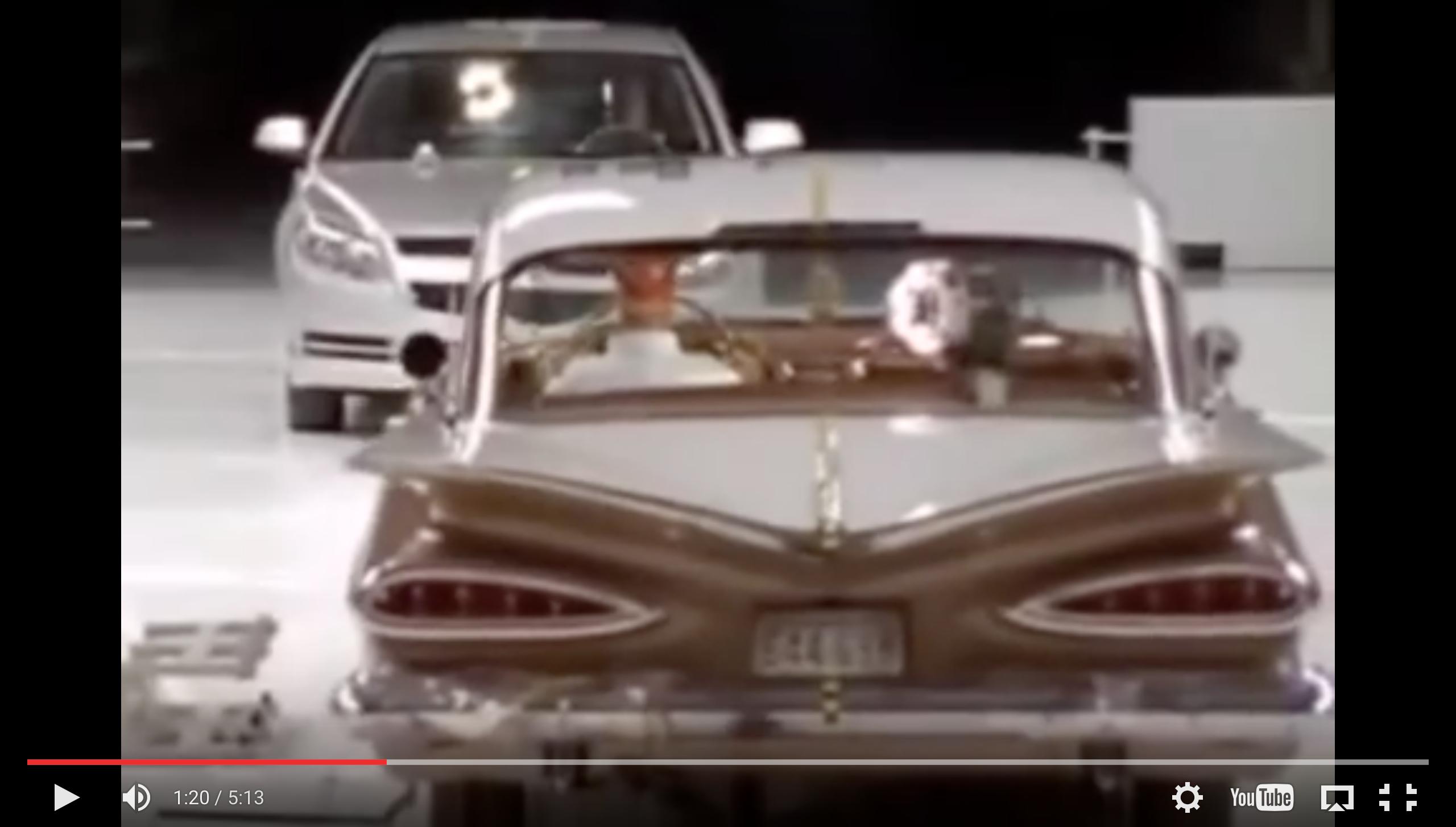 Image of 【安全性動画】今の車と昔の車(50年前)を衝突させてみた結果w