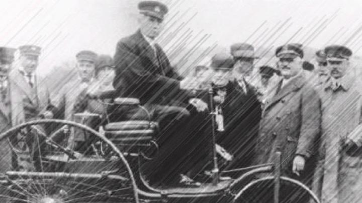 Image of 【知ってた?】自動車の歴史 〜電気自動車はガソリン車より前に誕生した〜